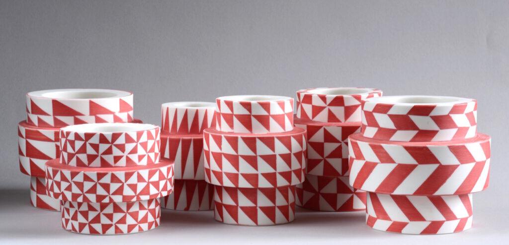Vase, Tape / rotweiß