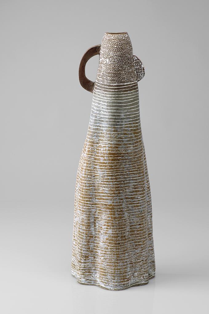 Figur mit Ohr, Steinzeug mit Porzellaninlays