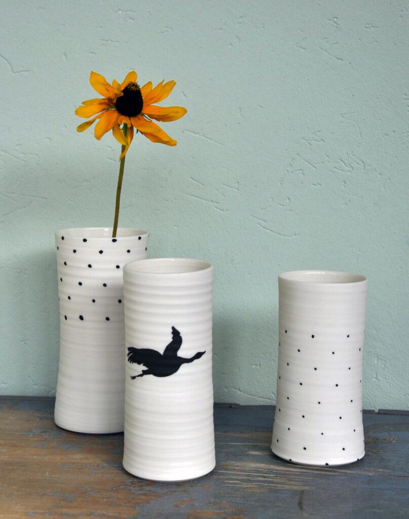 Gedrehte Porzellan Vasen, Pünktchen und Kranich