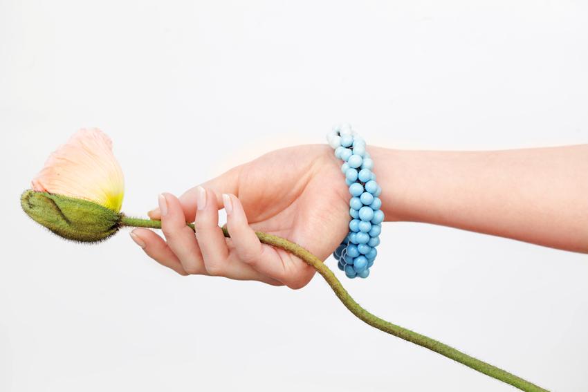 Bubbles-Armband, türkis, 300€, Fotograf: Amac Garbe
